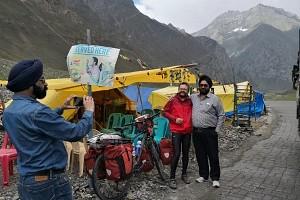 Indie, Kaszmir, przełecz Zoji La 3530 m. n.p.m.